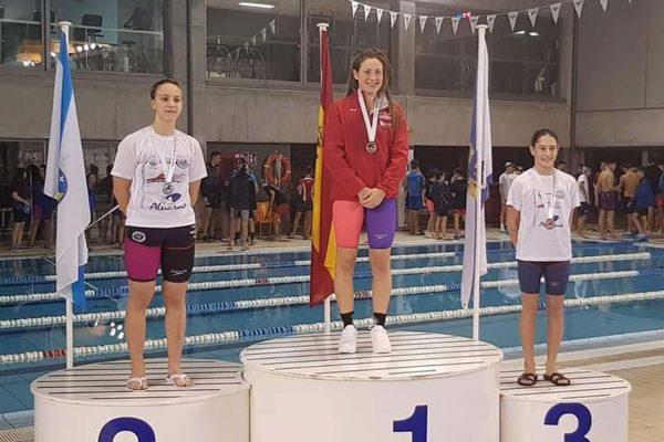 Carla Faro e Sofía Carballo, prata e bronce, respectivamente, en 200 m braza